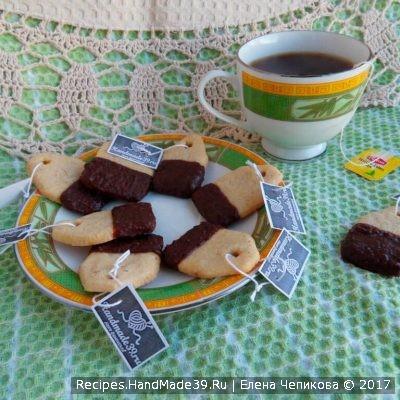 Песочное печенье в шоколадной глазури – пошаговый рецепт с фото