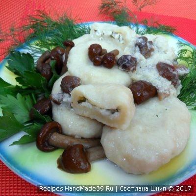 Кнедлики из картофеля с творожной начинкой