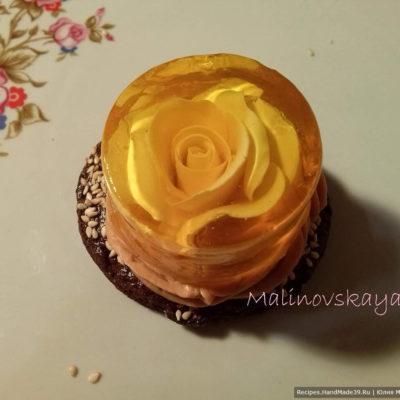 Розы из пластичного шоколада в лимонном желе