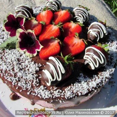Мраморный бисквитный торт с клубничным муссом – пошаговый рецепт с фото