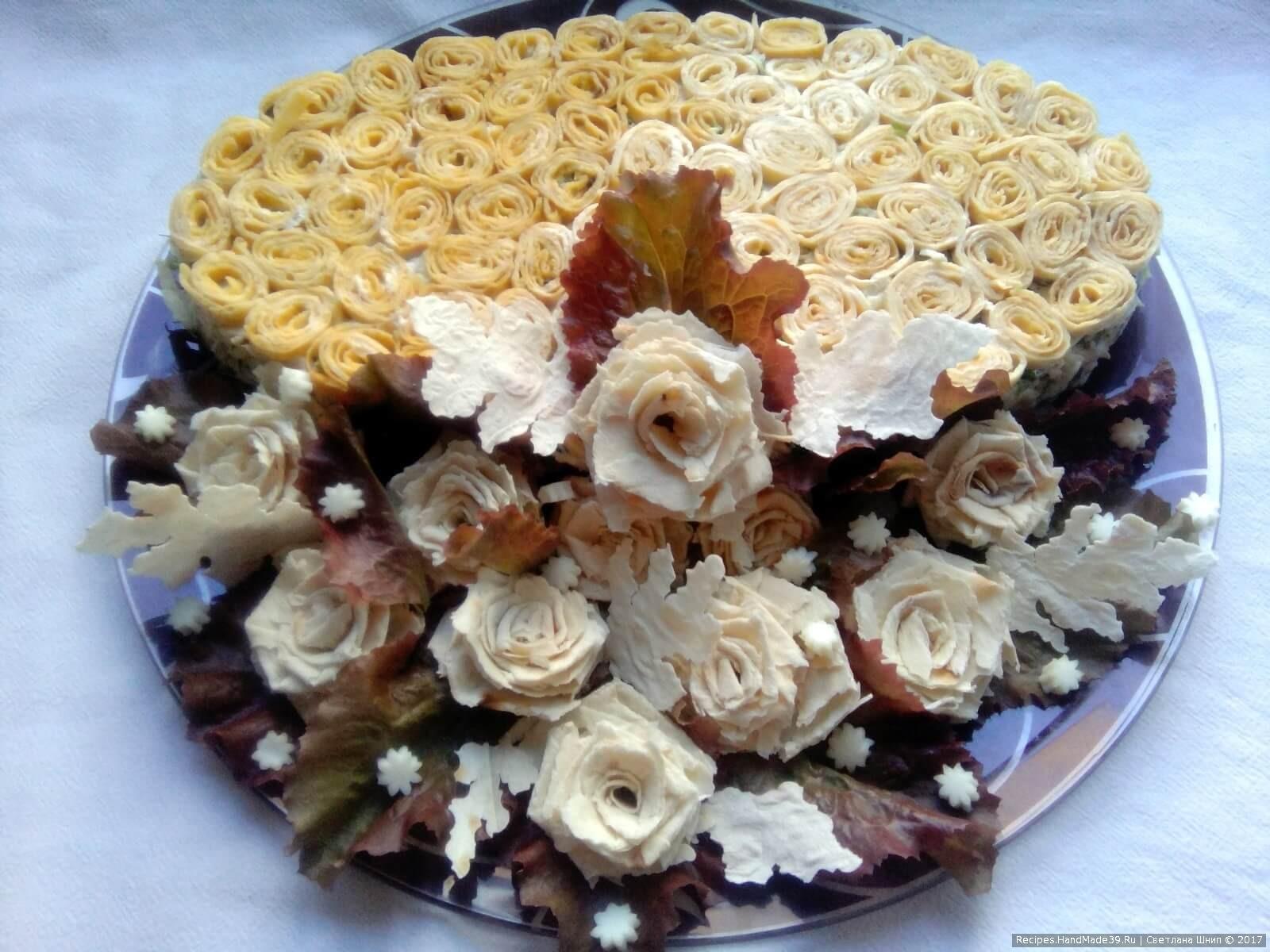 Салат «Министерский» с яичными блинчиками и курицей – пошаговый рецепт с фото. Приятного аппетита!
