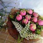 Яйца-тюльпаны, фаршированные печенью трески