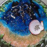 Маковый торт-медовик «Море» с карамельным кремом и кремом «Мокрое безе»