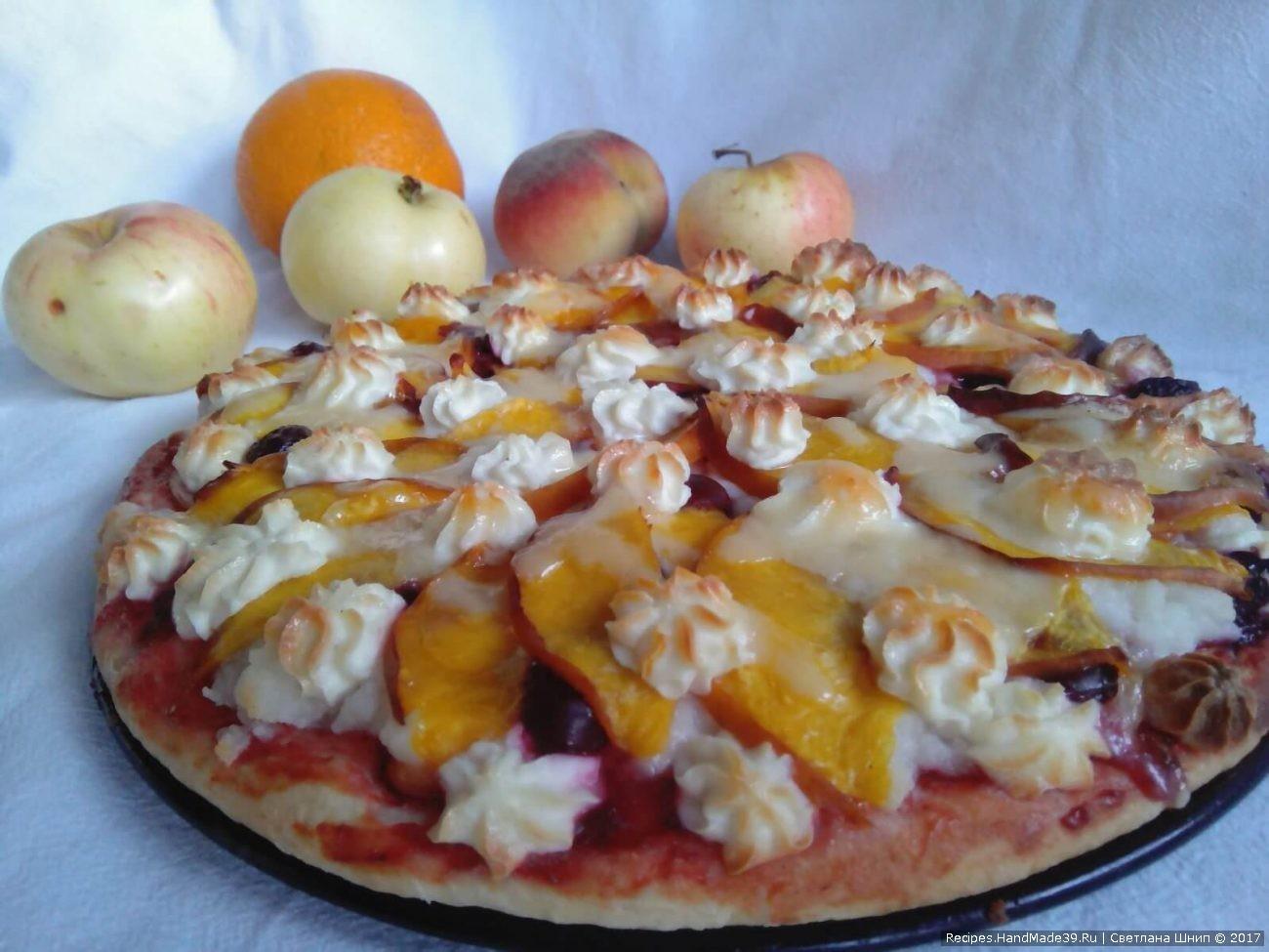 Фруктовая пицца с творожной массой