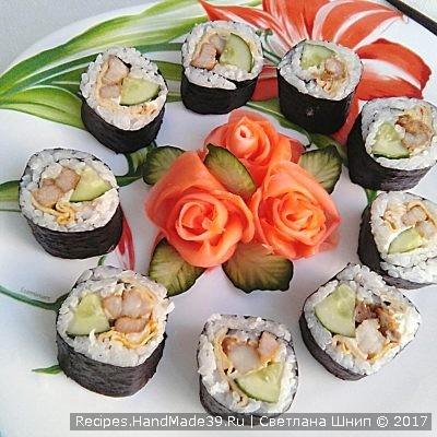 Рецепт корейских роллов с мясом и омлетными блинчиками