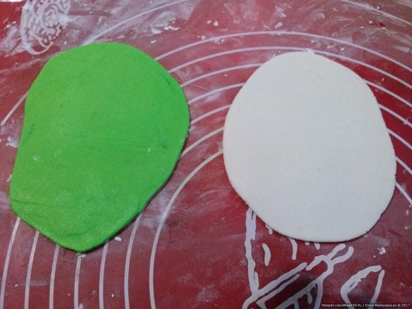 Приготовление кожуры каштана с иголками: тонко раскатать белую мастику, зелёную – чуть толще