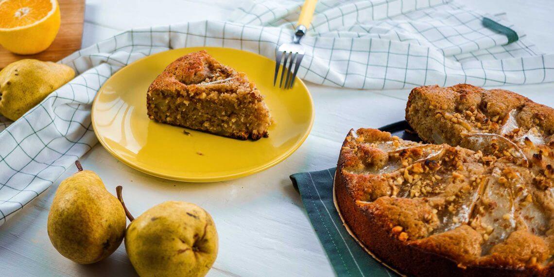 Ароматный пирог с грушами, корицей и цедрой апельсина