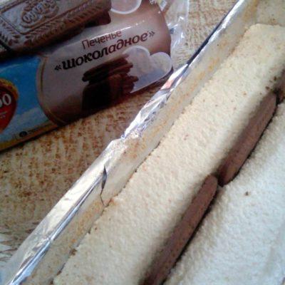 Распределить печенье, вставляя его от центра вертикально