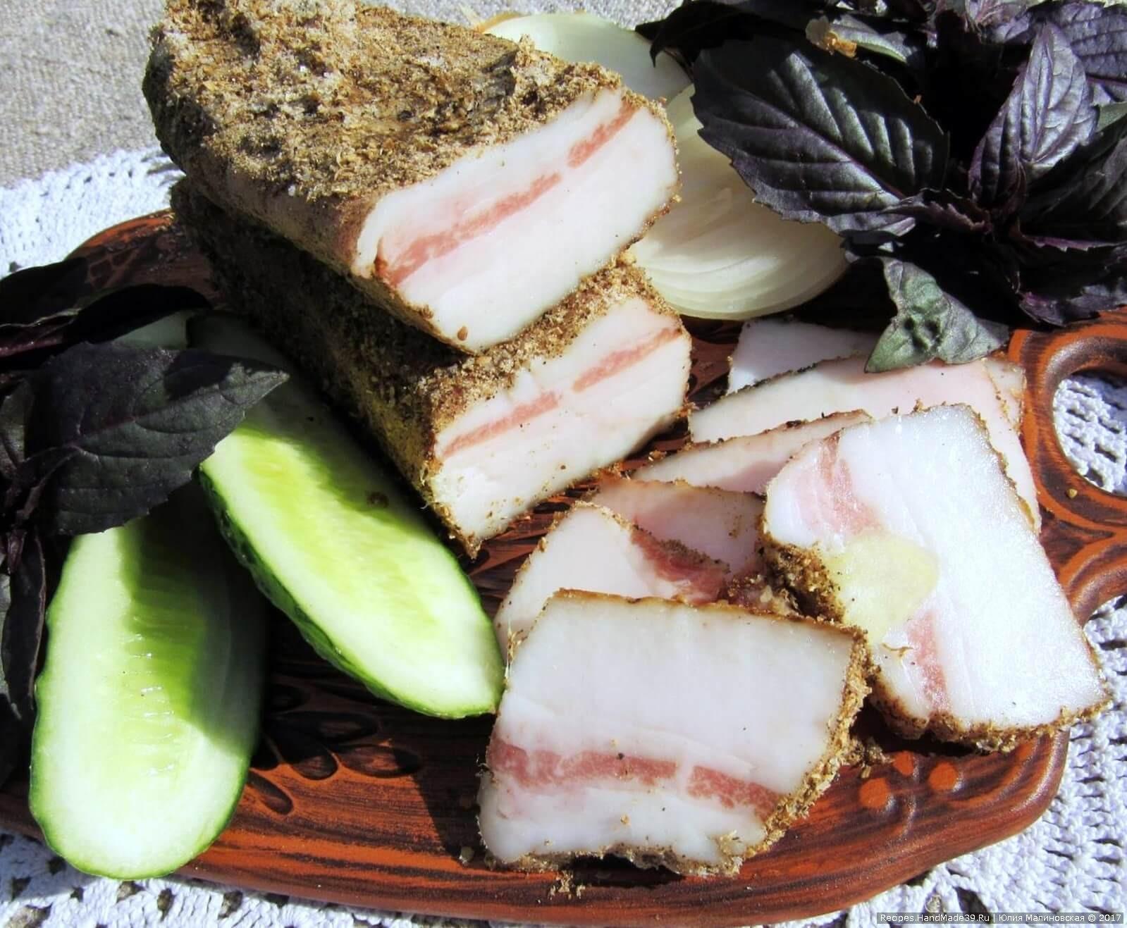 Сало «Смачне» с чесноком и специями – пошаговый рецепт с фото.