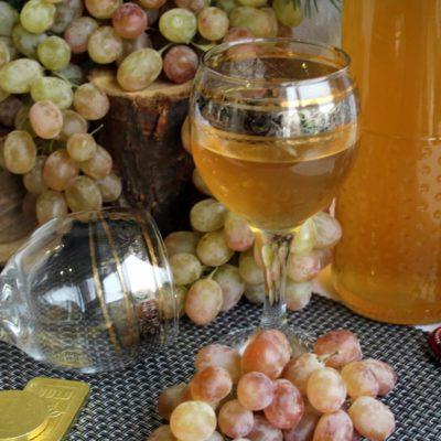 Домашнее вино из зелёного винограда – пошаговый кулинарный рецепт с фото