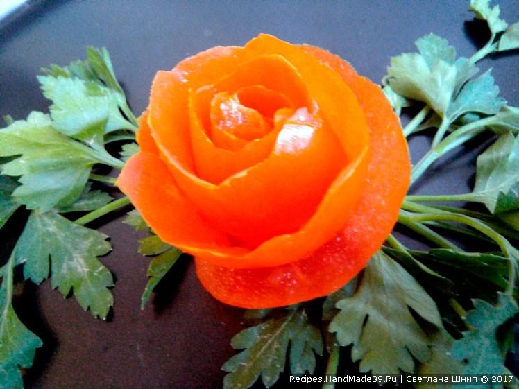 Роза из помидора – просто, дёшево и красиво!