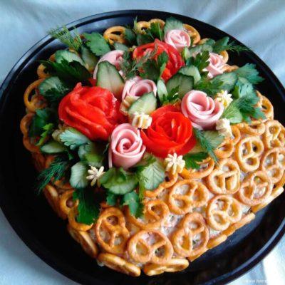 Салат «Оливье» в корзинке – пошаговый кулинарный рецепт с фото