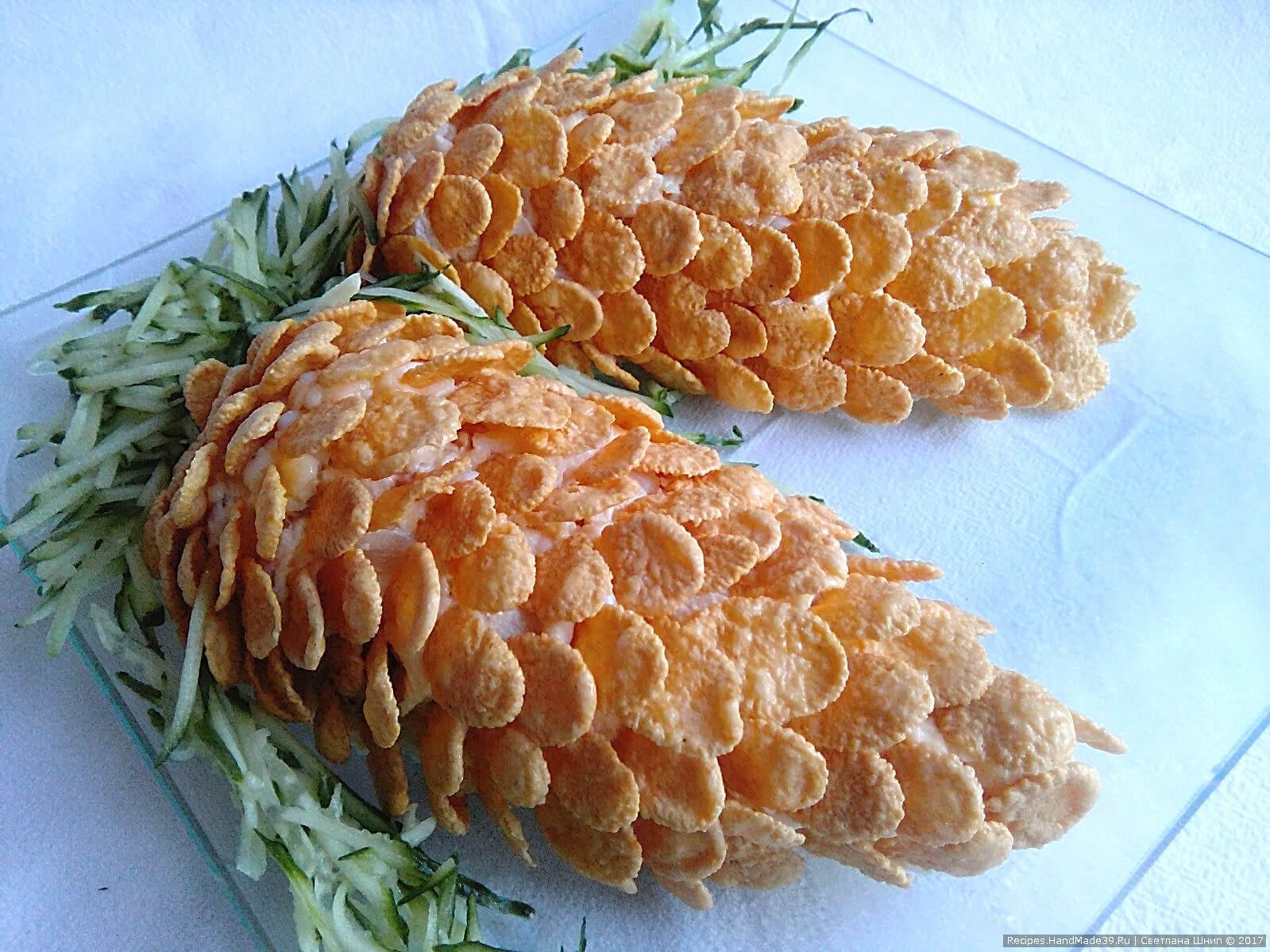 Салат новогодний «Шишки». Рецепт французского салата «Шишки» с консервированными ананасами и отварной курицей