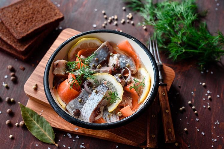 Рецепт сельди, засоленной в горячей уксусной заливке