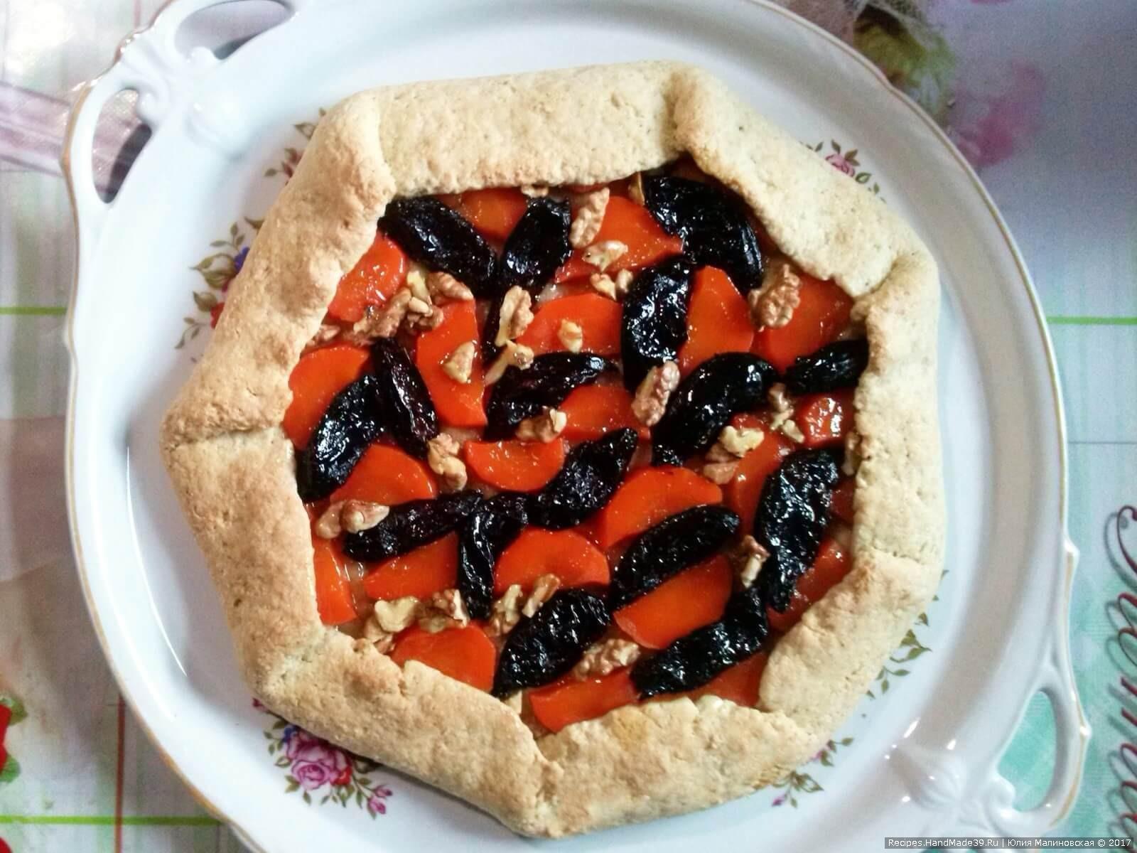 Постный пирог-галета «Лакомство гномов» готов, приятного аппетита!