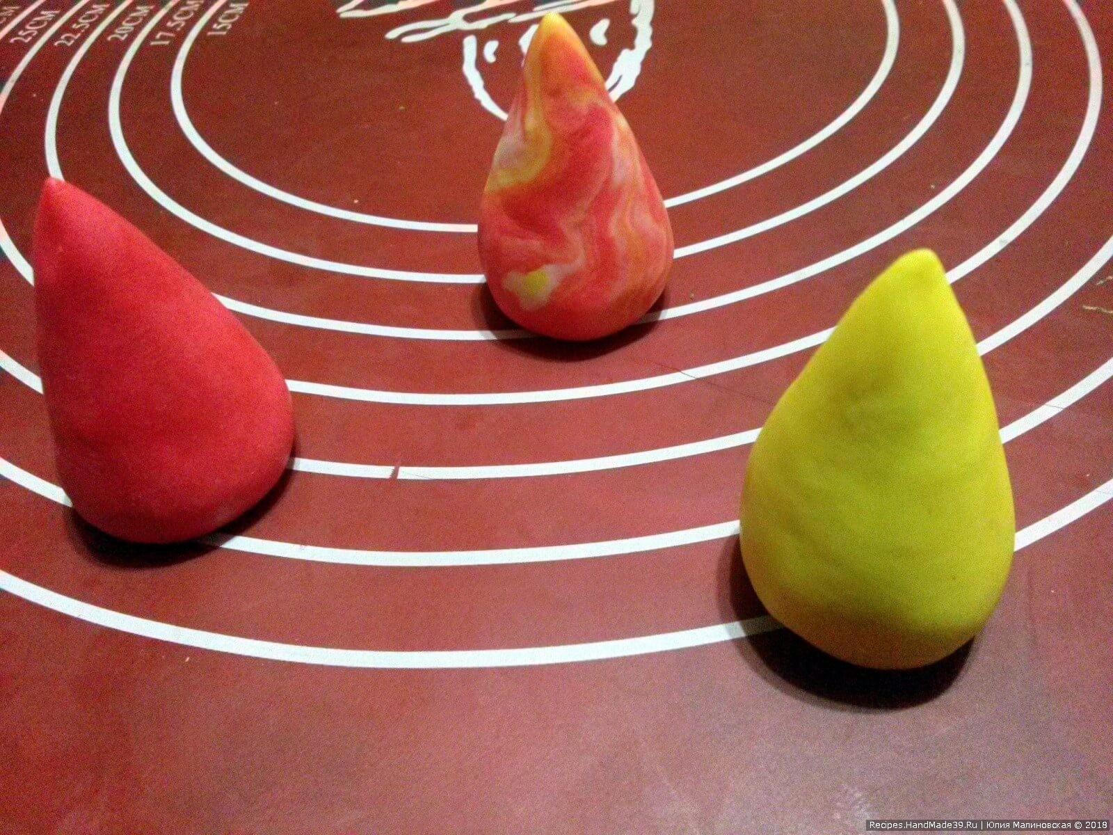 Сделать три конусообразные головки розового, жёлтого и мраморного цвета