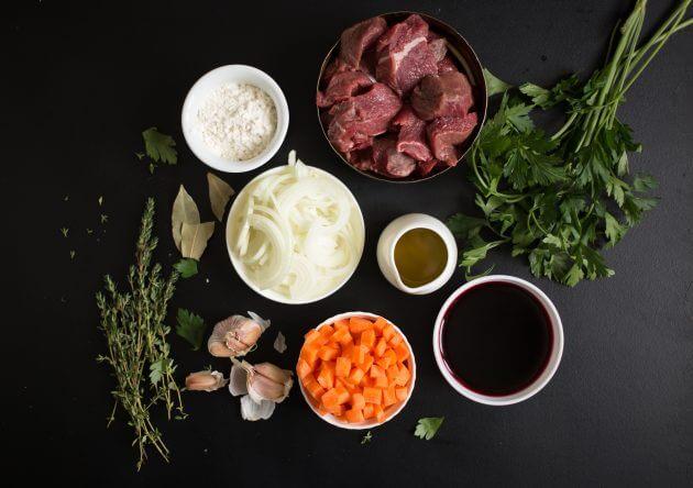 Говядина по-бургундски – фото шаг 1. Подготовить продукты