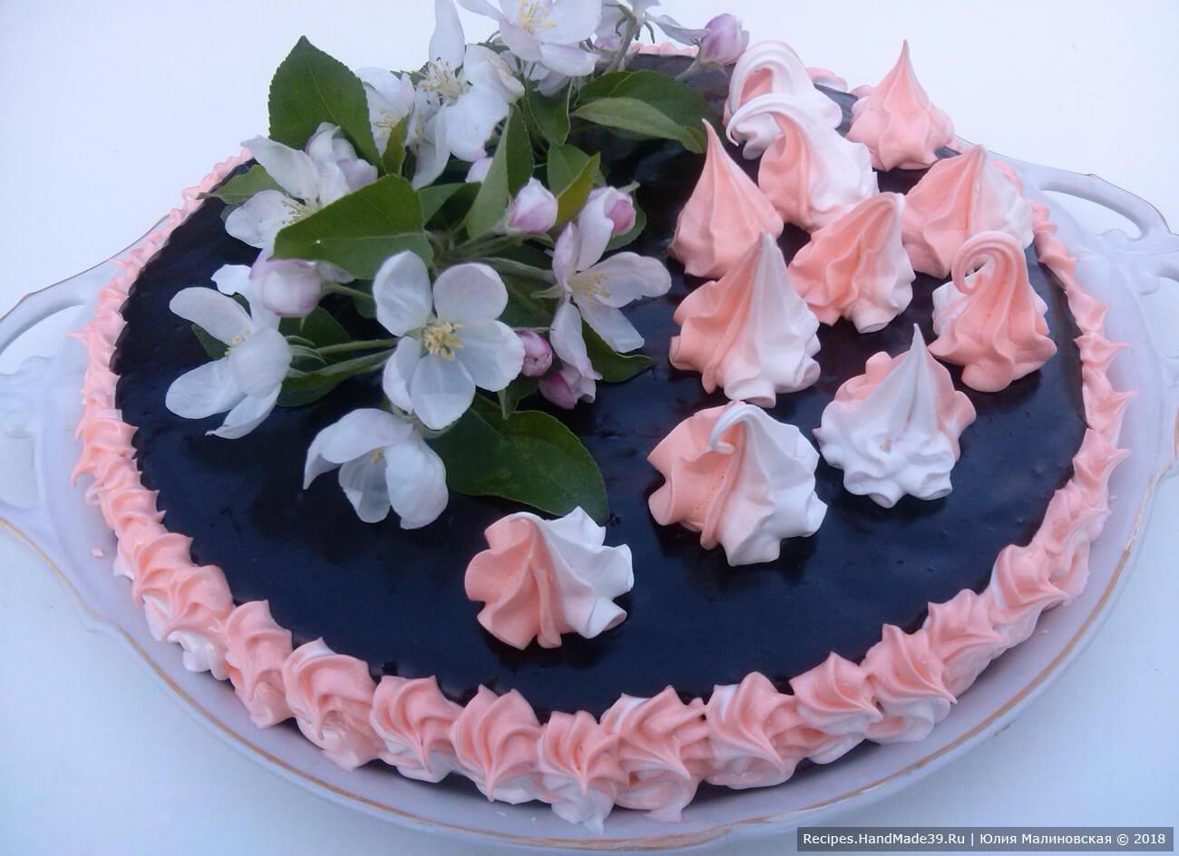 Песочный торт «Яблоневый цвет»