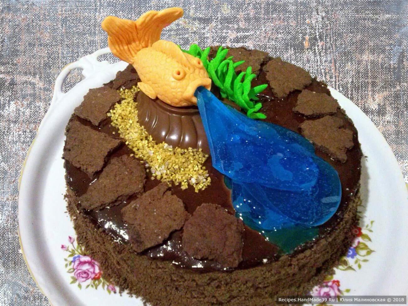Шоколадный торт «Фонтан» с безе и желе