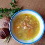 Суп с зелёным горошком и копчёностями