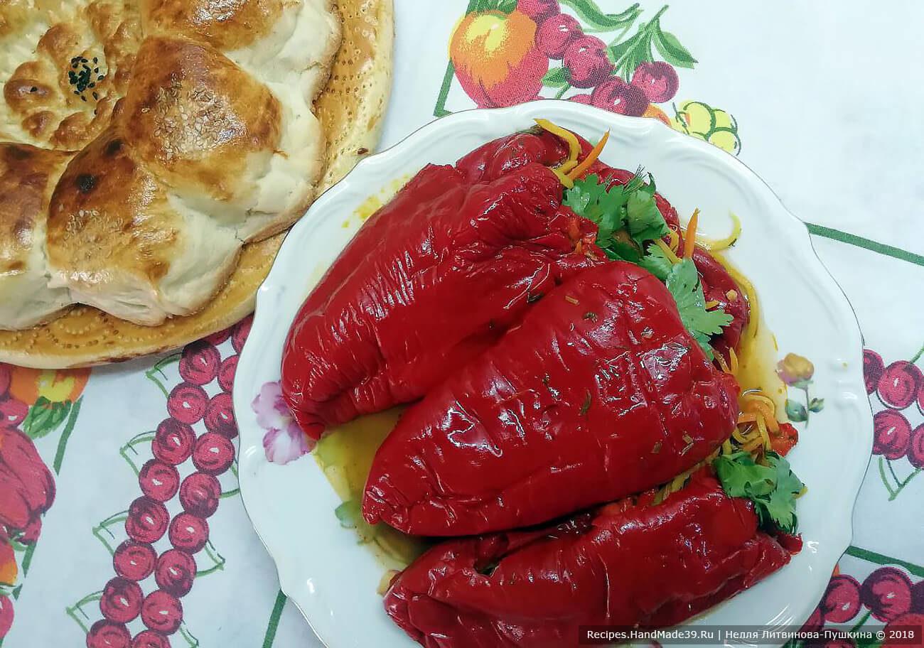Холодный фаршированный перец с овощами