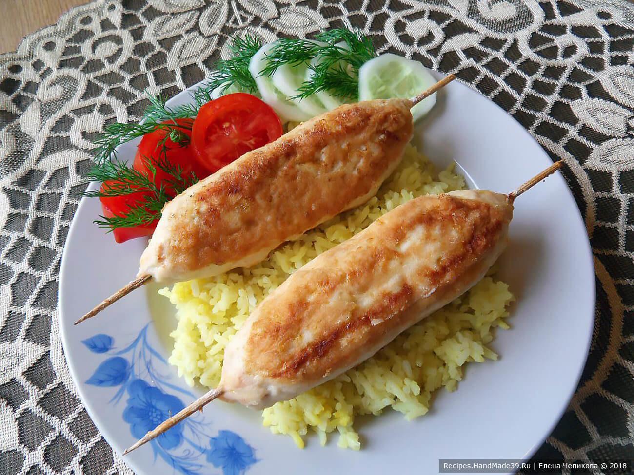Пикантные люля-кебабы из курицы с сыром