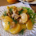 Тушёная свинина под мандариновым соусом