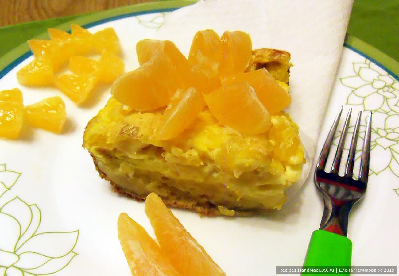 Пирог-суфле с мандаринами и печеньем