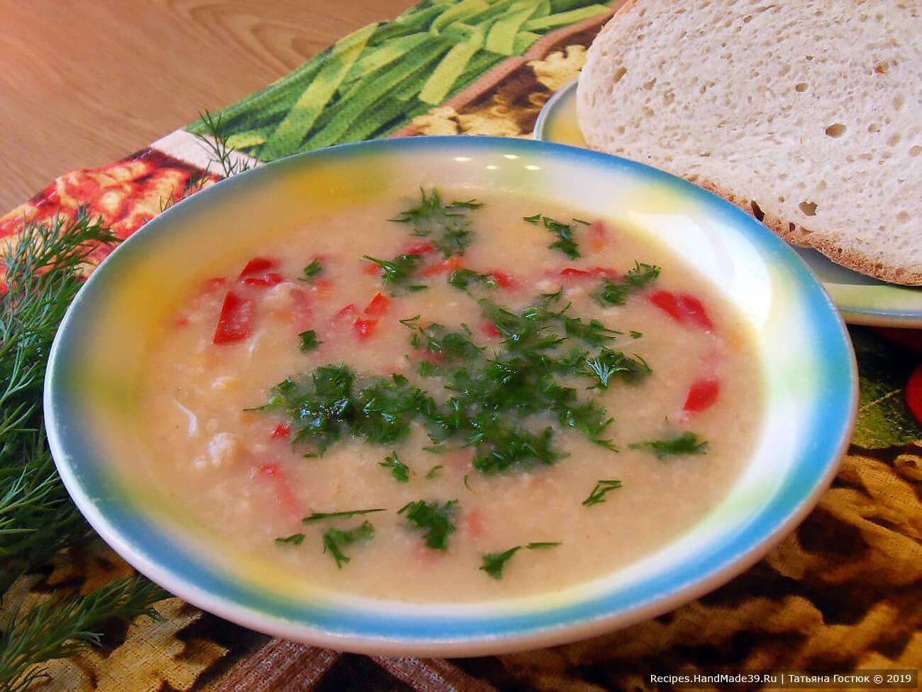 Если добавить больше яично-мучной смеси, то наш суп «Затируха» получится более густым. Приятного аппетита!