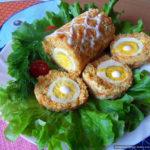 Рулет из рыбы с яйцом и овощами, запечённый в духовке