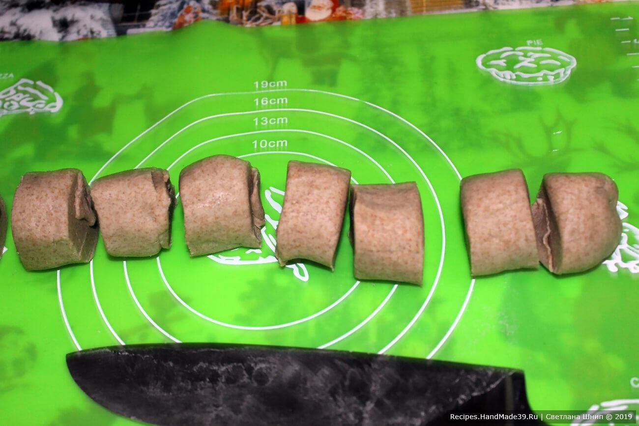 «Колбаску» разделить на 20 частей (чем больше частей, тем меньше калитки)