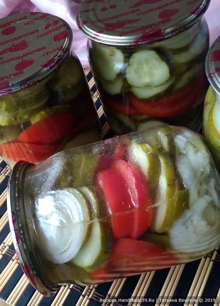 Как сделать экспресс-салат из огурцов и помидоров на зиму