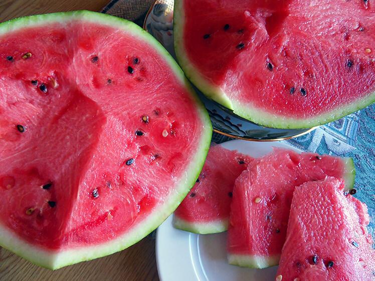 Арбузная диета: как правильно выбрать арбуз, очистить организм и похудеть