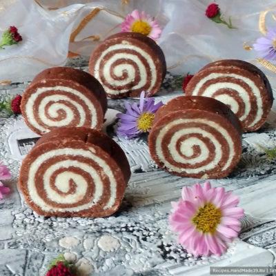 Шоколадно-кокосовый рулет «Баунти» без выпечки