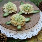 Салат из авокадо в тарталетках из лаваша