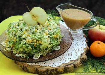 Зелёный салат с кукурузой и сыром – пошаговый кулинарный рецепт с фото