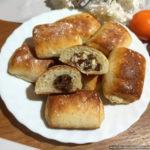 Быстрые булочки на творожном тесте с орехово-изюмной и творожно-изюмной начинкой