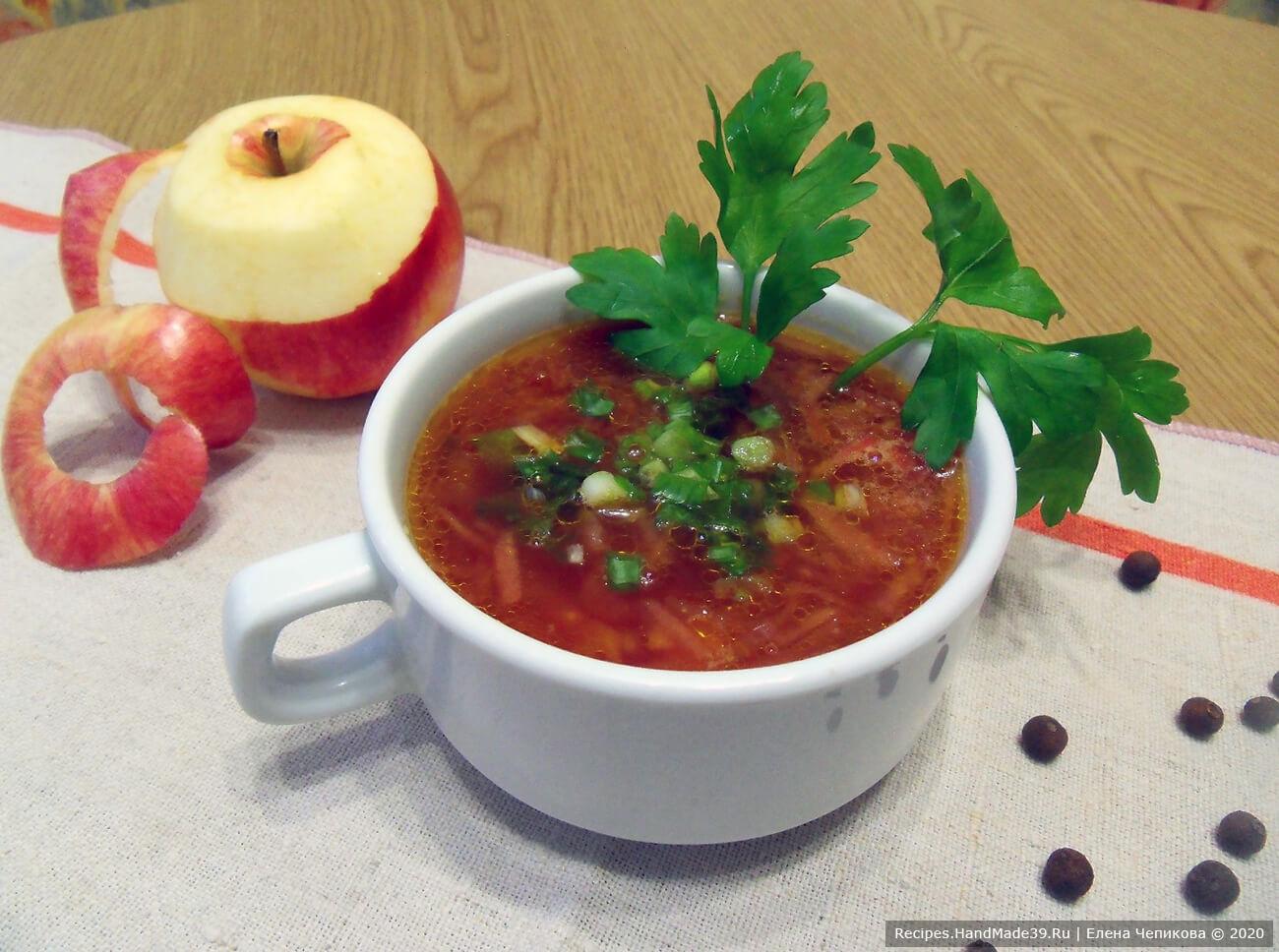Вегетарианский борщ с яблоками без капусты