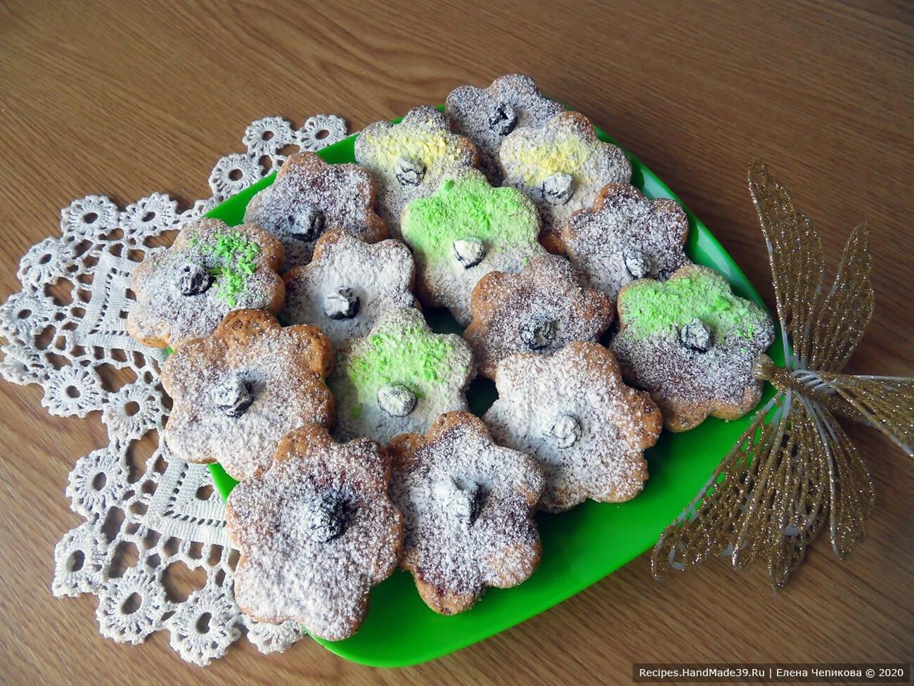 Готовят дети: простое печенье «Сахарные цветочки»