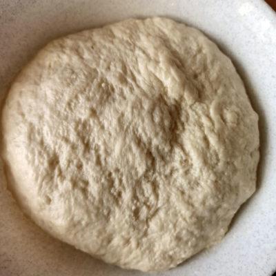 Замесить мягкое тесто