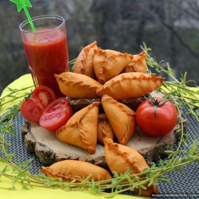 Пирожки из постного теста на томатном соке без дрожжей