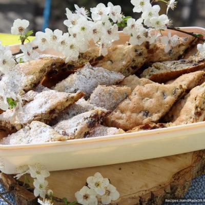 Рецепт мягкого печенья «Мазурка» с изюмом и грецкими орехами