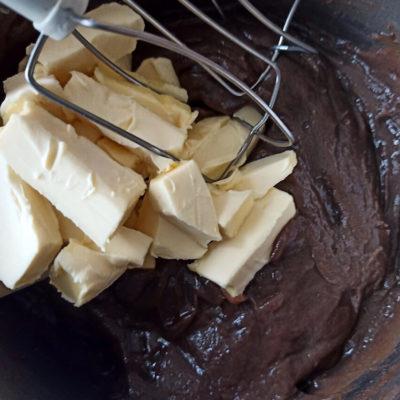 Торт шоколадный медовик – фото шаг 13