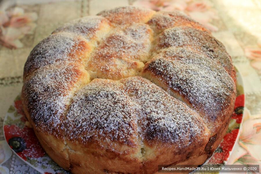 Дрожжевые пирожки с абрикосами «Ромашка», запечённые в форме
