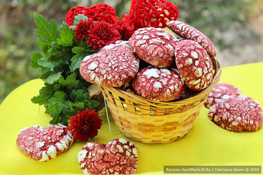 Печенье «Красный бархат» в форме сердца