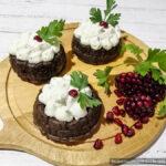 Печёночные кексы с овощной начинкой и сырной шапочкой