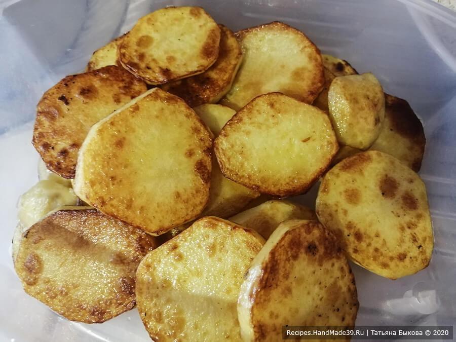 Маклюбе – фото шаг 7. Картофель нарезать пластинками и обжарить