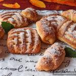 Быстрое творожное печенье с арахисовой начинкой