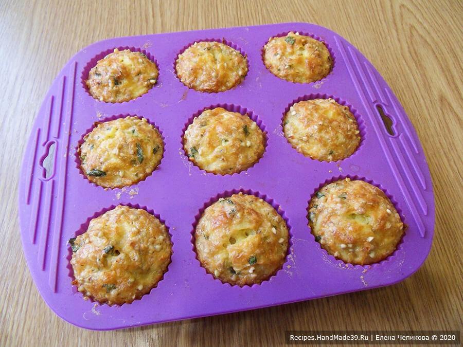 Кексы из зелёной гречки – фото шаг 8. Запекать маффины около 40 минут в духовке, предварительно разогретой до температуры 180 °C