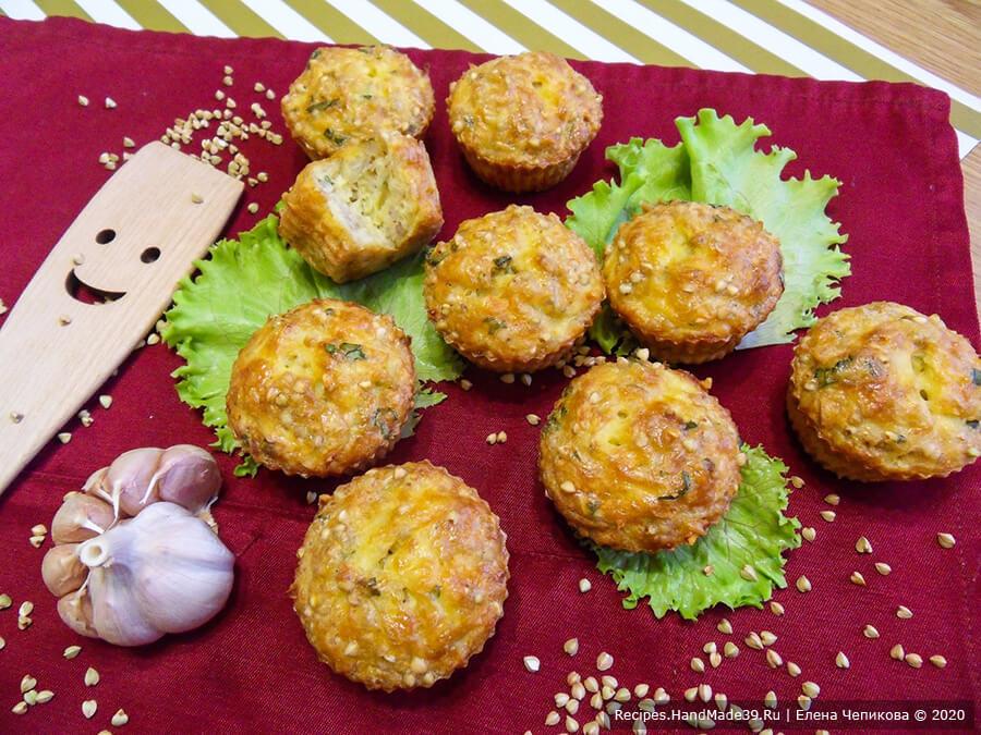 Маффины из зелёной гречки с сыром, картошкой и базиликом
